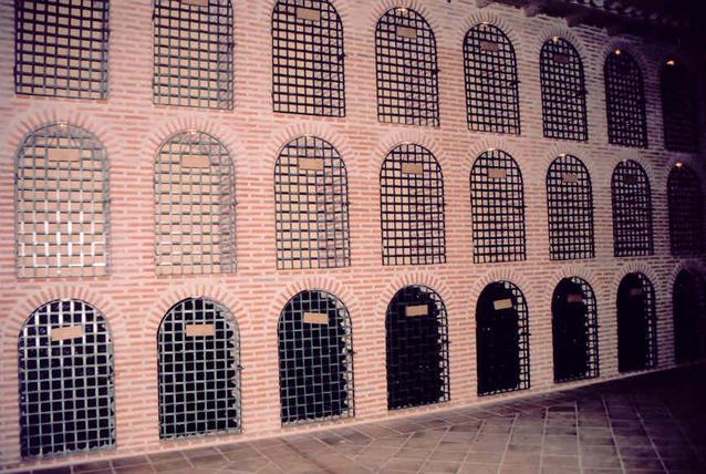 Balcones de hierro barandillas rejas de hierro - Verjas de hierro ...